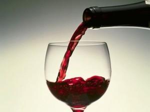 vino-iz-cherniki