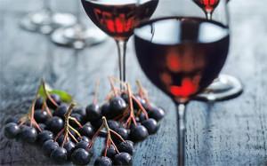vino-iz-chernoplodnoy-ryabiny-7