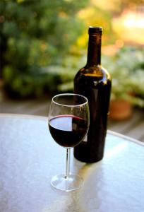 vino-iz-chyornoj-smorodiny-4