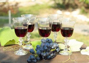 vino-iz-sinego-vinograda-2