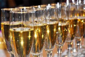 shampanskoe-iz-vinogradnyh-listev-5